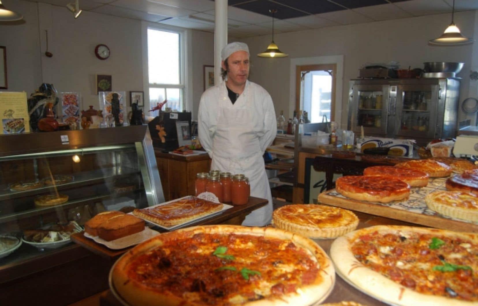 Le chef de l&rsquo;Atelier Bouffe sert des p&acirc;tisseries cuites au beurre, des tartes alsaciennes et tatins, ainsi que des pizzas. <br />