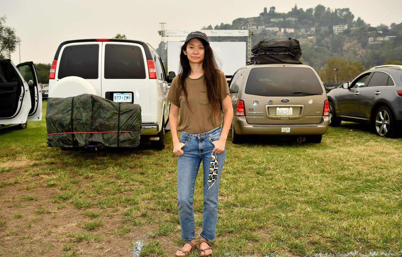 C'est par un message vidéo enregistré depuis un van à Pasadena, en Californie, que la réalisatrice de «Nomadland», Chloé Zhao, a réagi à la remise du prix. On la voit ici la veille, lors de la première du film.