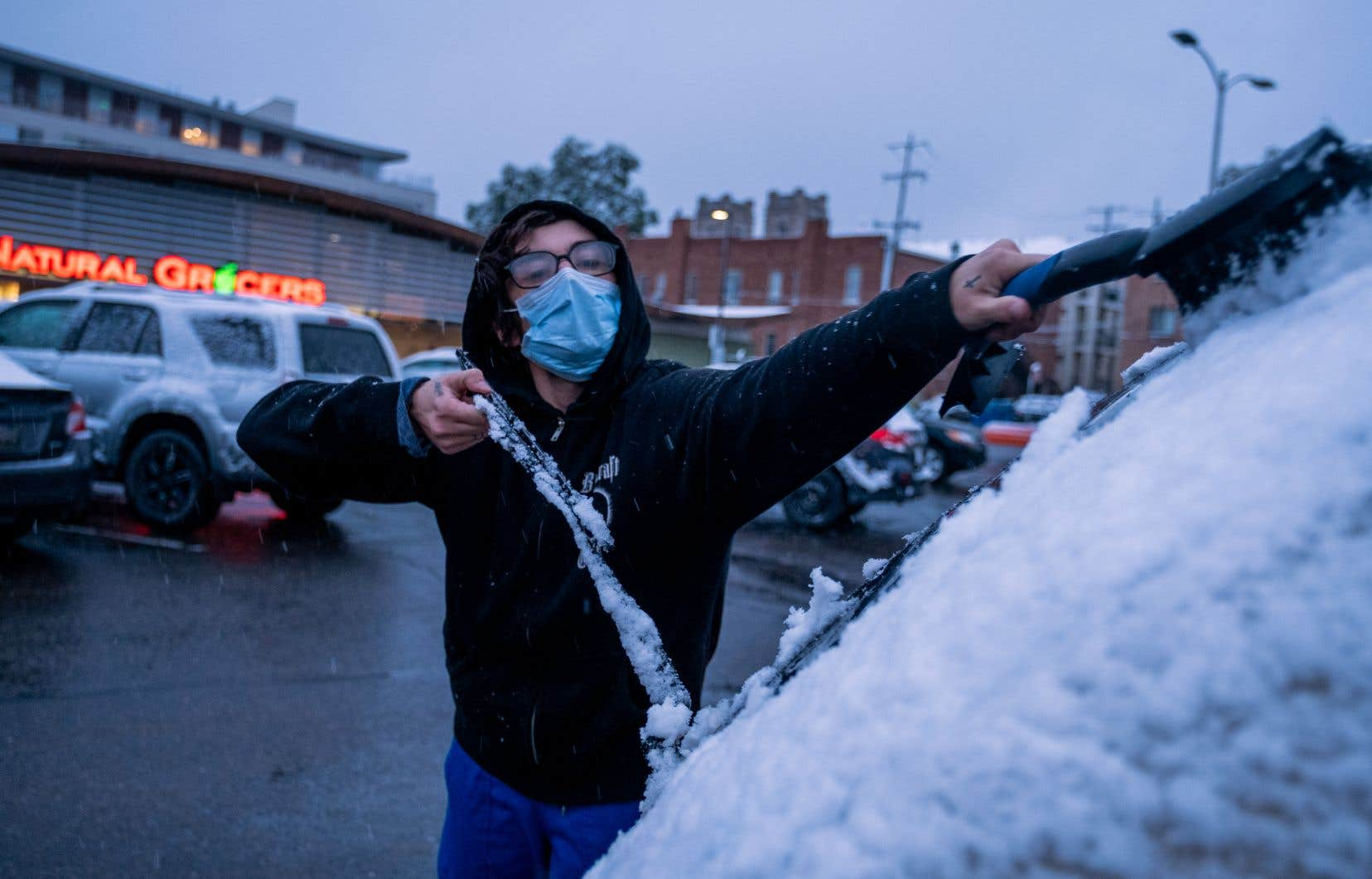 En deux jours, les habitants de Denver sont passés d'une chaleur accablante à de la neige, le 8 septembre.