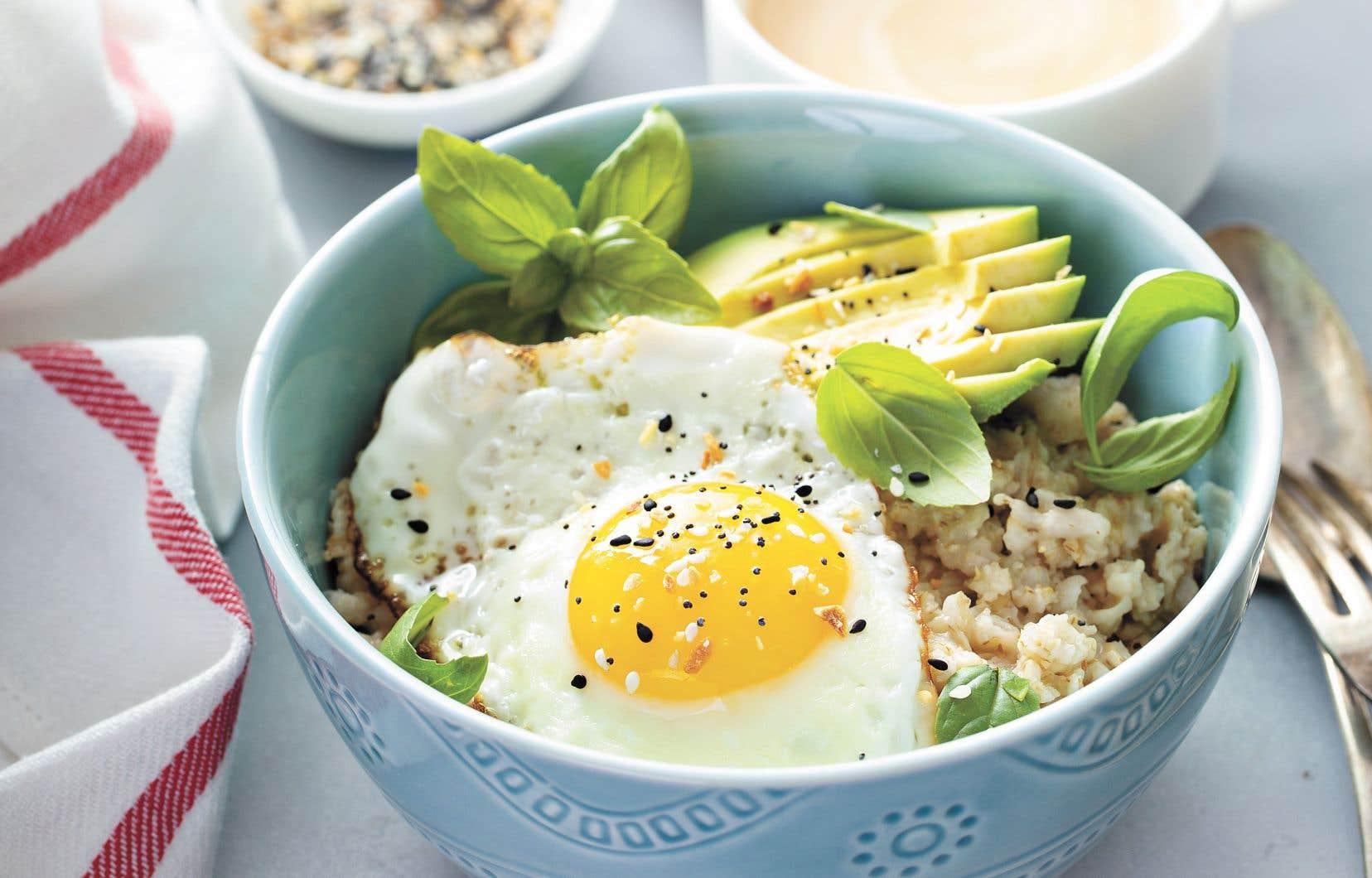 Quelques inspirations de déjeuners d'ailleurs pour rehausser notre routine matinale.
