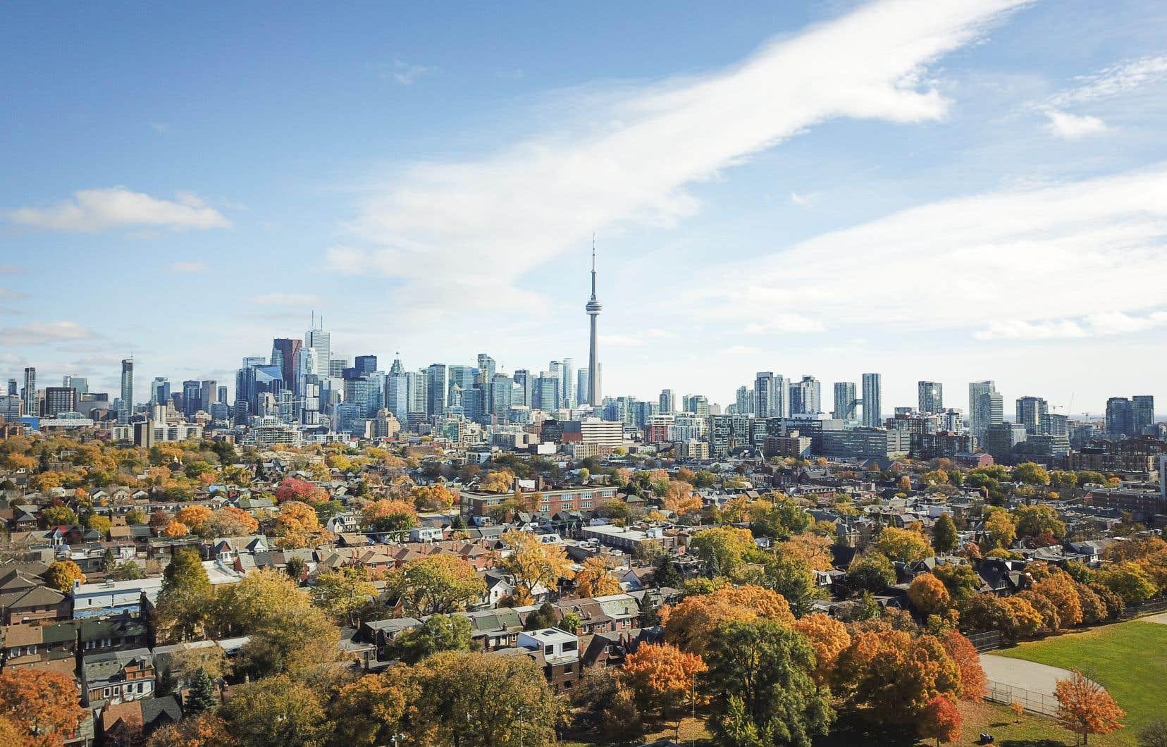 Dans les rues du centre-ville de Toronto, sur les terrasses des restaurants, il flottait dans l'air quelque chose comme la promesse de jours meilleurs.