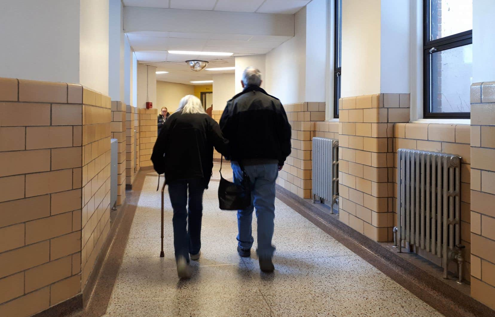 «L'assurance maladie, contrairement aux régimes de retraite gérés par l'État, n'a aucun mécanisme de capitalisation permettant d'anticiper la croissance des dépenses liées au vieillissement de la population», écrit l'auteur.
