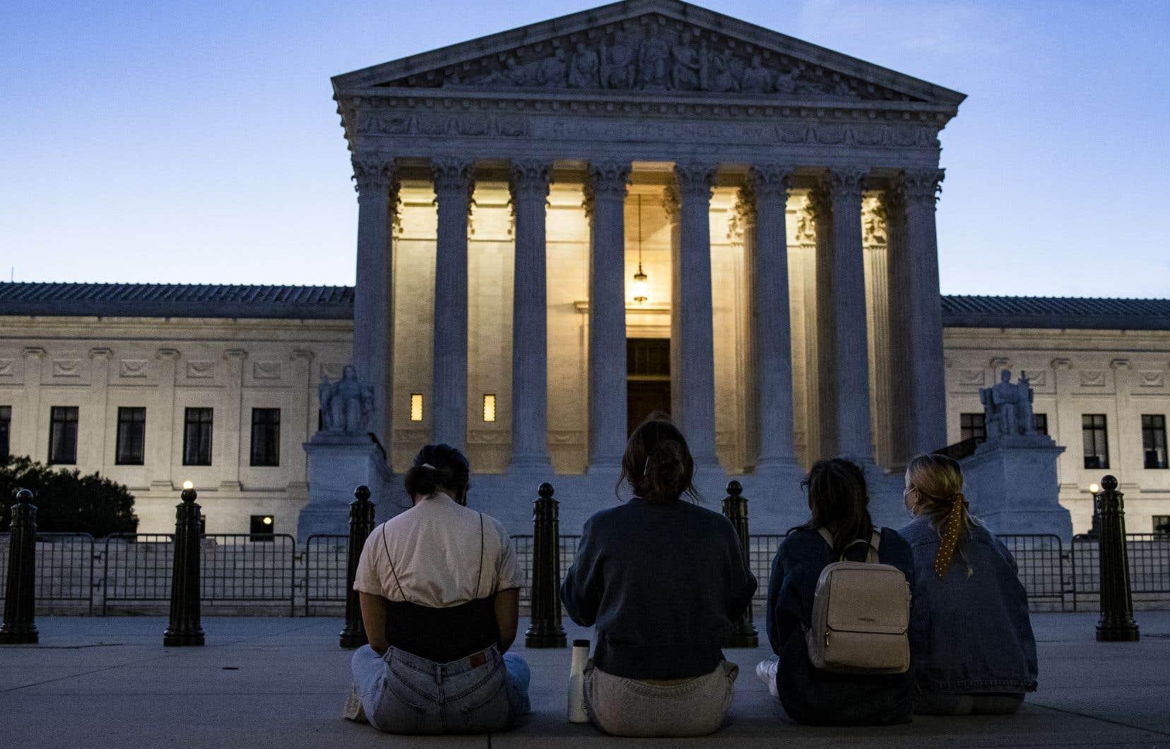 La Cour suprême des États-Unis, le jour du décès de Ruth Bader Ginsburg