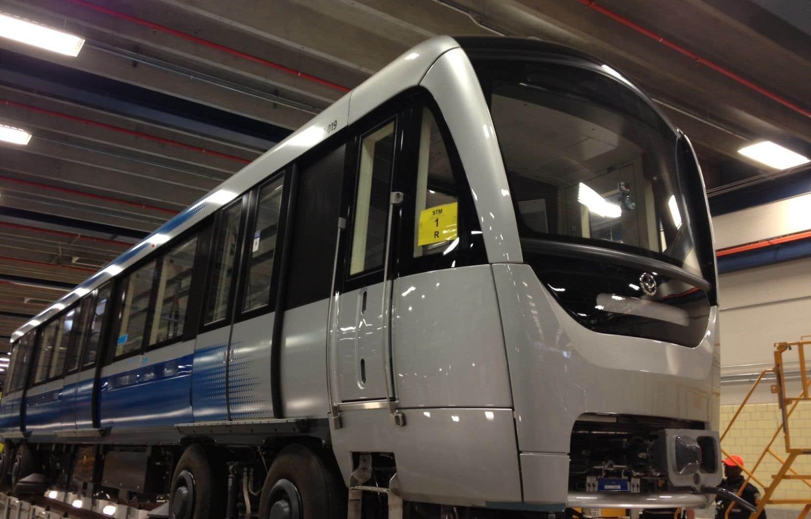 La fabrication des trains Azur prendra fin vers le mois de juin, moment auquel des mises à pied débuteraient si l'usine ne décrochait pas d'autres contrats.