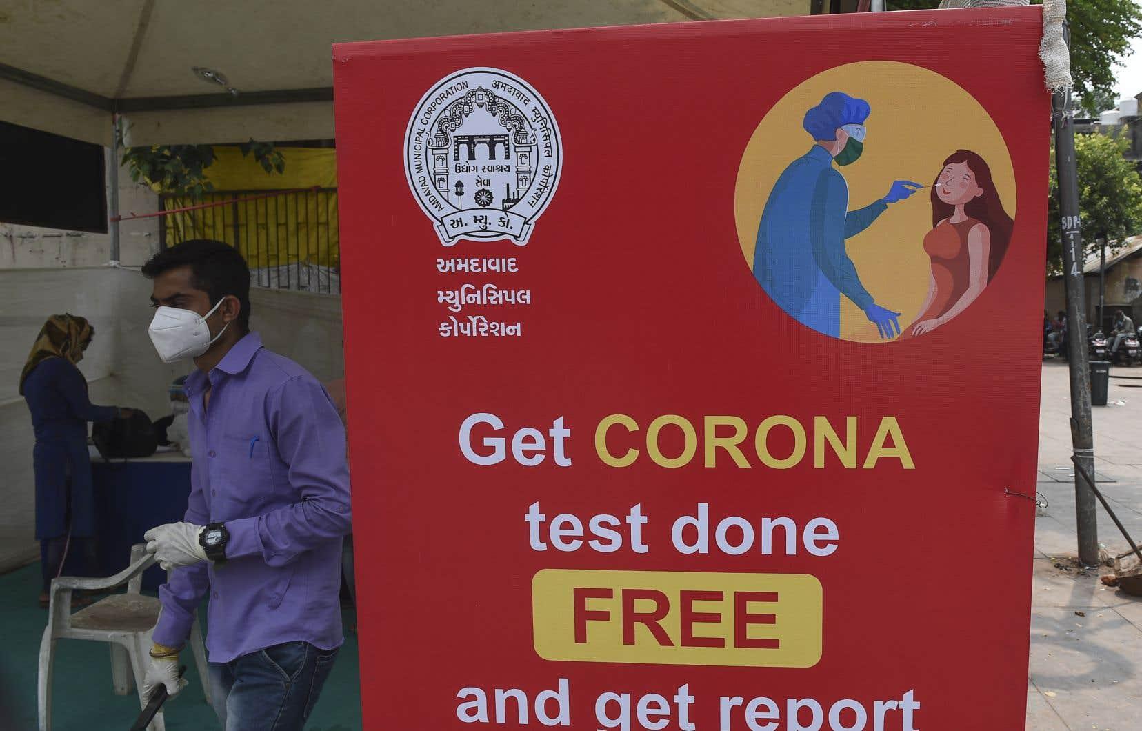 L'Inde, où de 80000 à 90000 nouvelles infections sont recensées chaque jour, a dépassé lundi les six millions de cas officiellement répertoriés, a annoncé le ministère indien de la Santé.