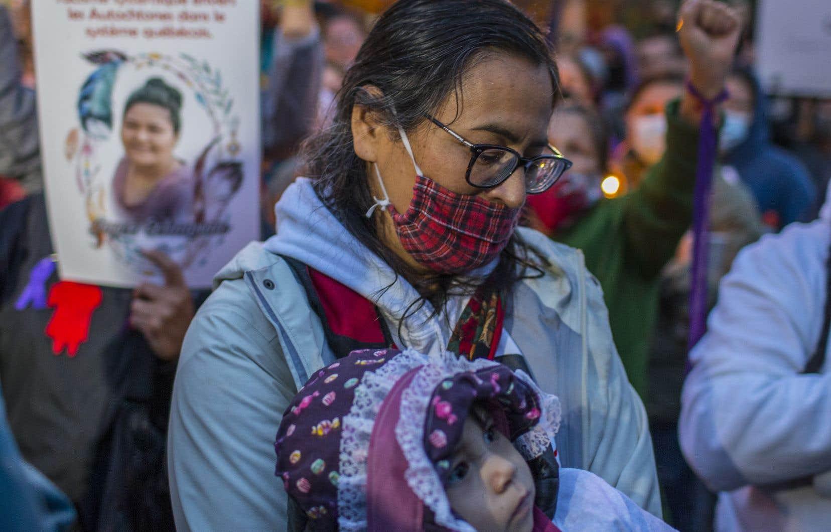 Présente lors du rassemblent:Michèle Audette, qui a été commissaire à l'Enquête nationale sur les femmes et les filles autochtones disparues et assassinées.