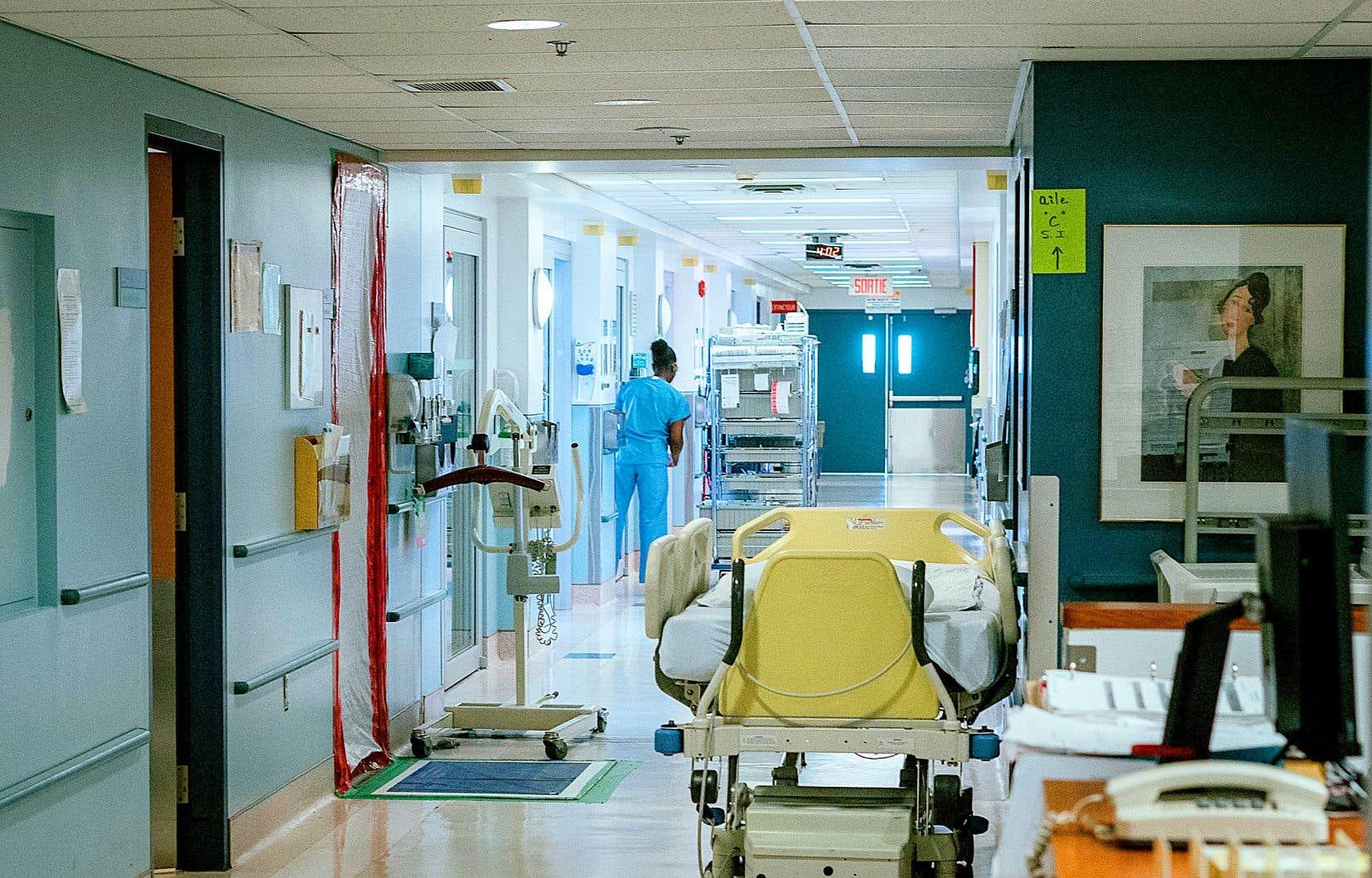 La pénurie de personnel est généralisée dans les unités de soins intensifs au Québec, selon le D<sup>r</sup>Germain Poirier, président de la Société des intensivistes du Québec.