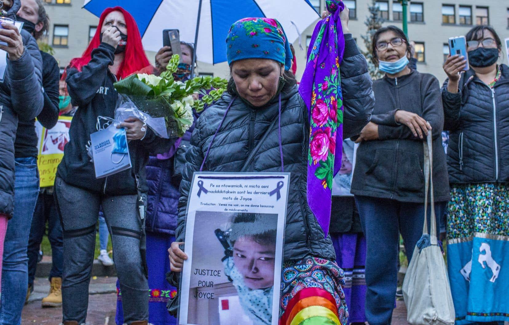 Depuis lundi, c'est la déferlante: des Autochtones, dont nombreux sont attikameks comme MmeEchaquan, racontent les mauvais traitements qu'ils ont subis dans le système de santé.