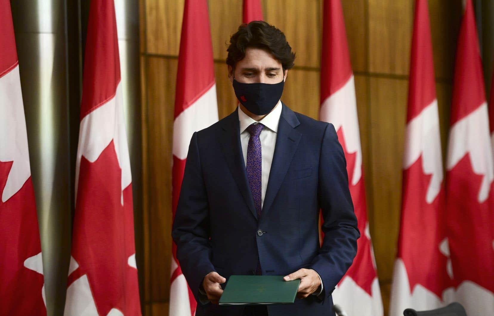 De nombreuses voix se sont élevées pour réclamer d'Ottawa des excuses officielles à l'occasion du cinquantième anniversaire de la crise d'Octobre.