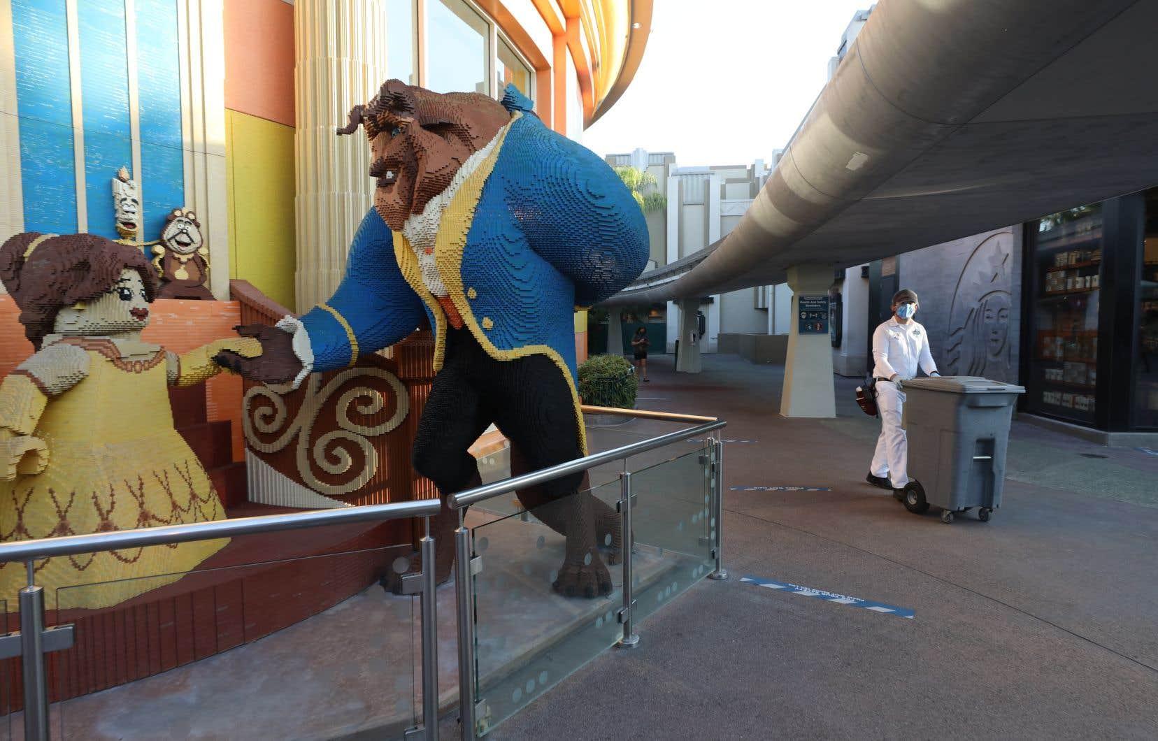 Disney, American Airlines et United Airlines ont annoncé à elles seules 60000 licenciements en 24heures.