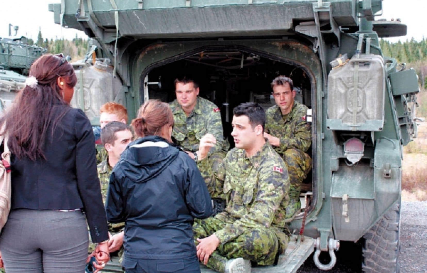 L'École internationale d'été sur les terrorismes organise des stages de formation pratique à la base militaire de Valcartier.<br />