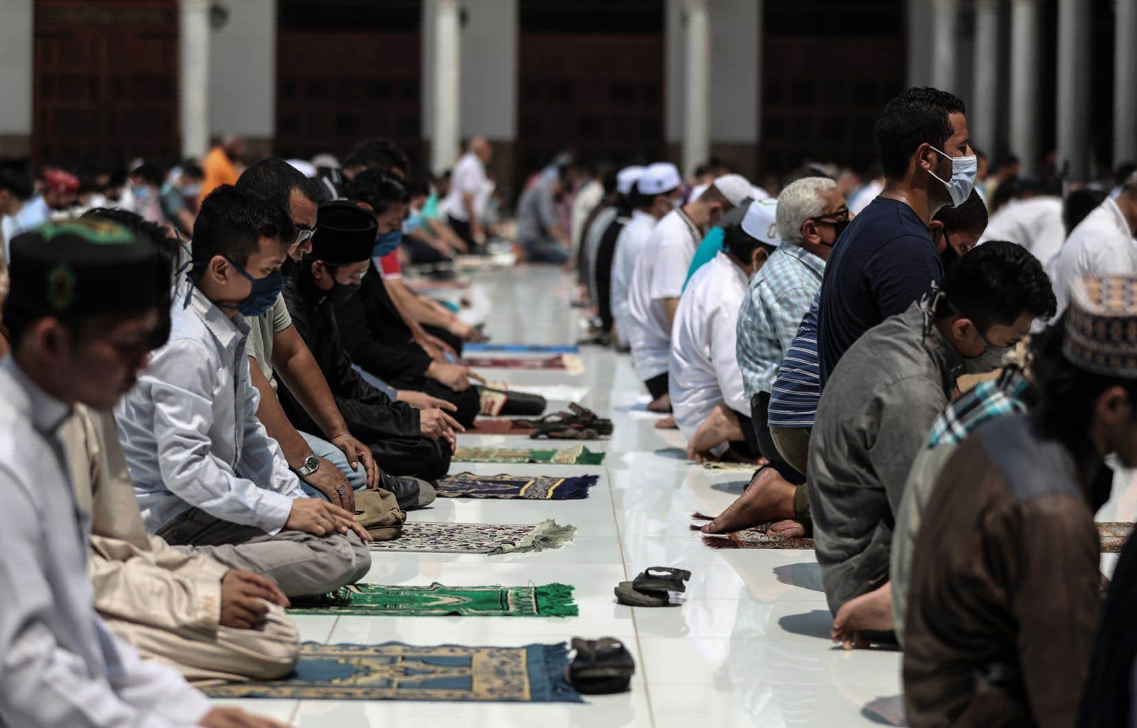 L'institution islamique sunnite Al-Azhar,basée auCaire,«rejette vivement les déclarations du président français, Emmanuel Macron», qu'il qualifie de «fausses accusations envers l'islam».