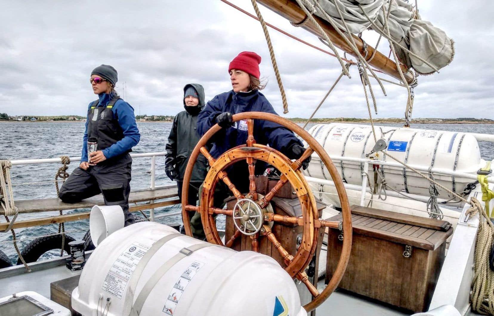 Bienvenue sur l'<em>ÉcoMaris</em>, le voilier-école unique en son genre qui convie les Québécois à découvrir leur province en devenant des marins de circonstance.