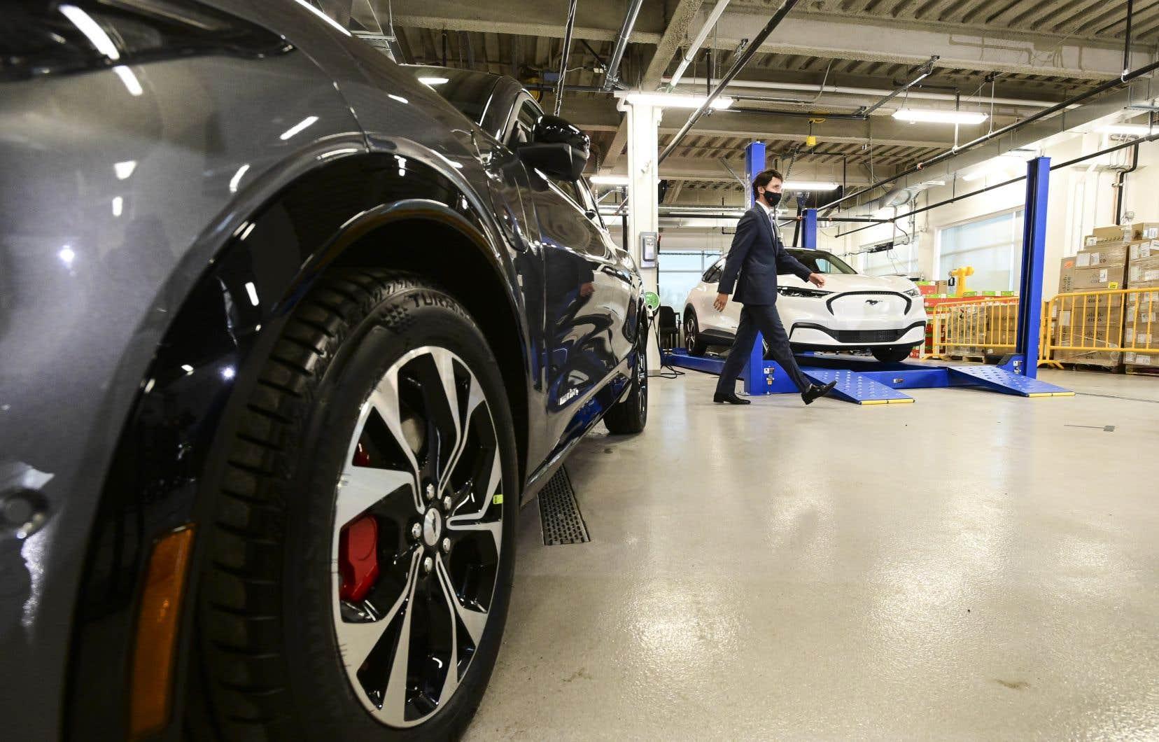 Le premier  ministre Justin Trudeau  a présenté  l'annonce  comme  une bonne  nouvelle pour  le secteur  québécois  de l'aluminium.