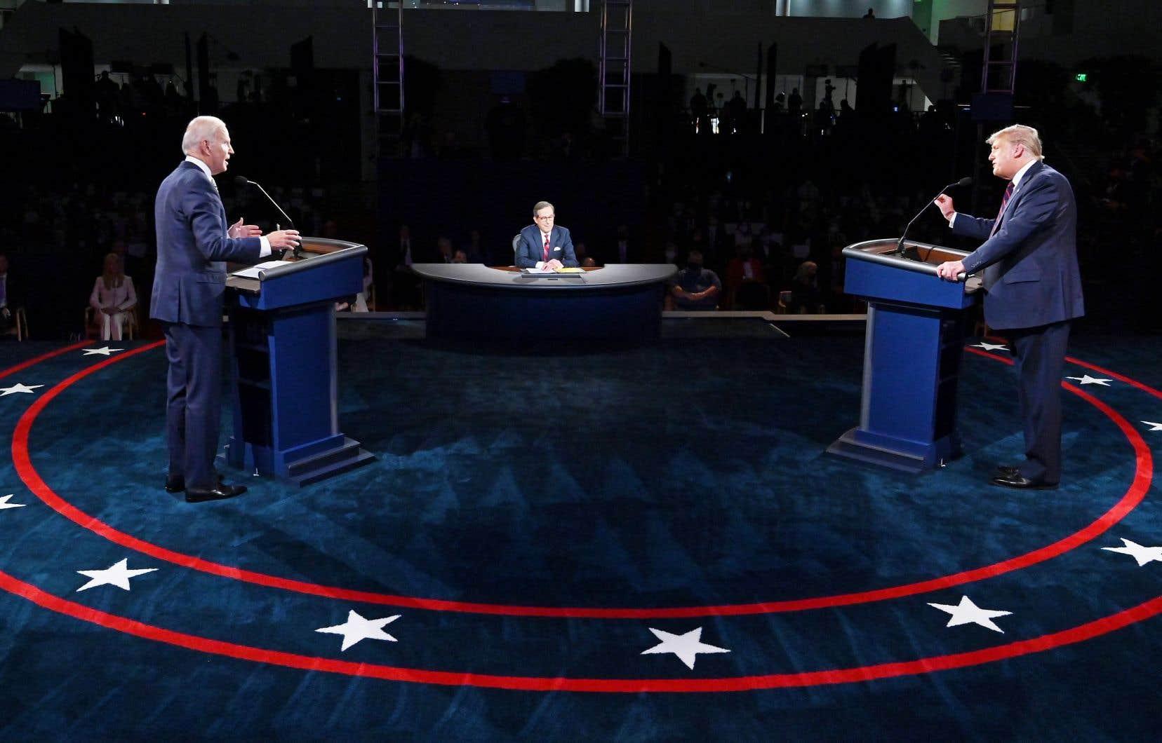 Le premier duel des deux candidats à la présidence, la semaine dernière, a été «sabordé», selon les démocrates, par l'attitude irrespectueuse du président américain.