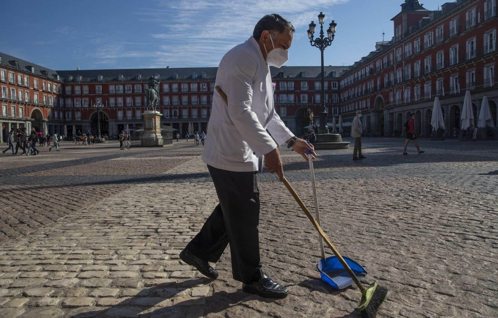 Le gouvernement espagnol a décrété vendredi l'état d'alerte dans la région de Madrid.