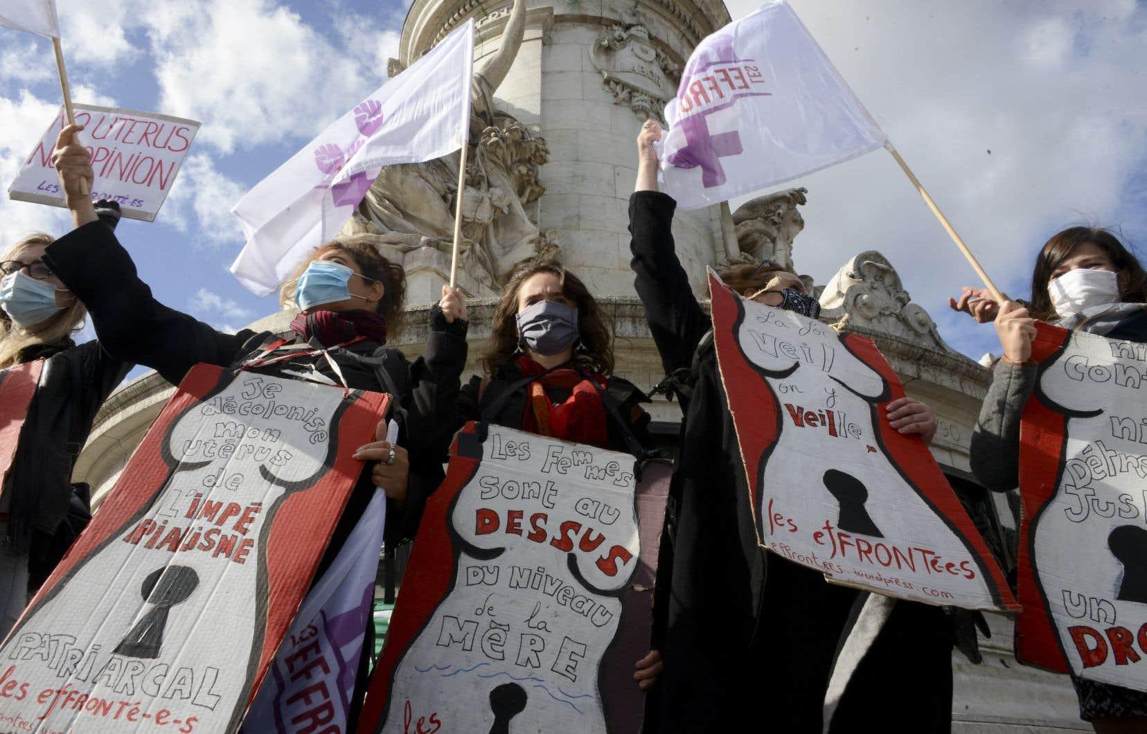 Une manifestation pour défendre le droit à l'avortement à travers le pays qui s'est tenue à Paris le 26 septembre dernier.