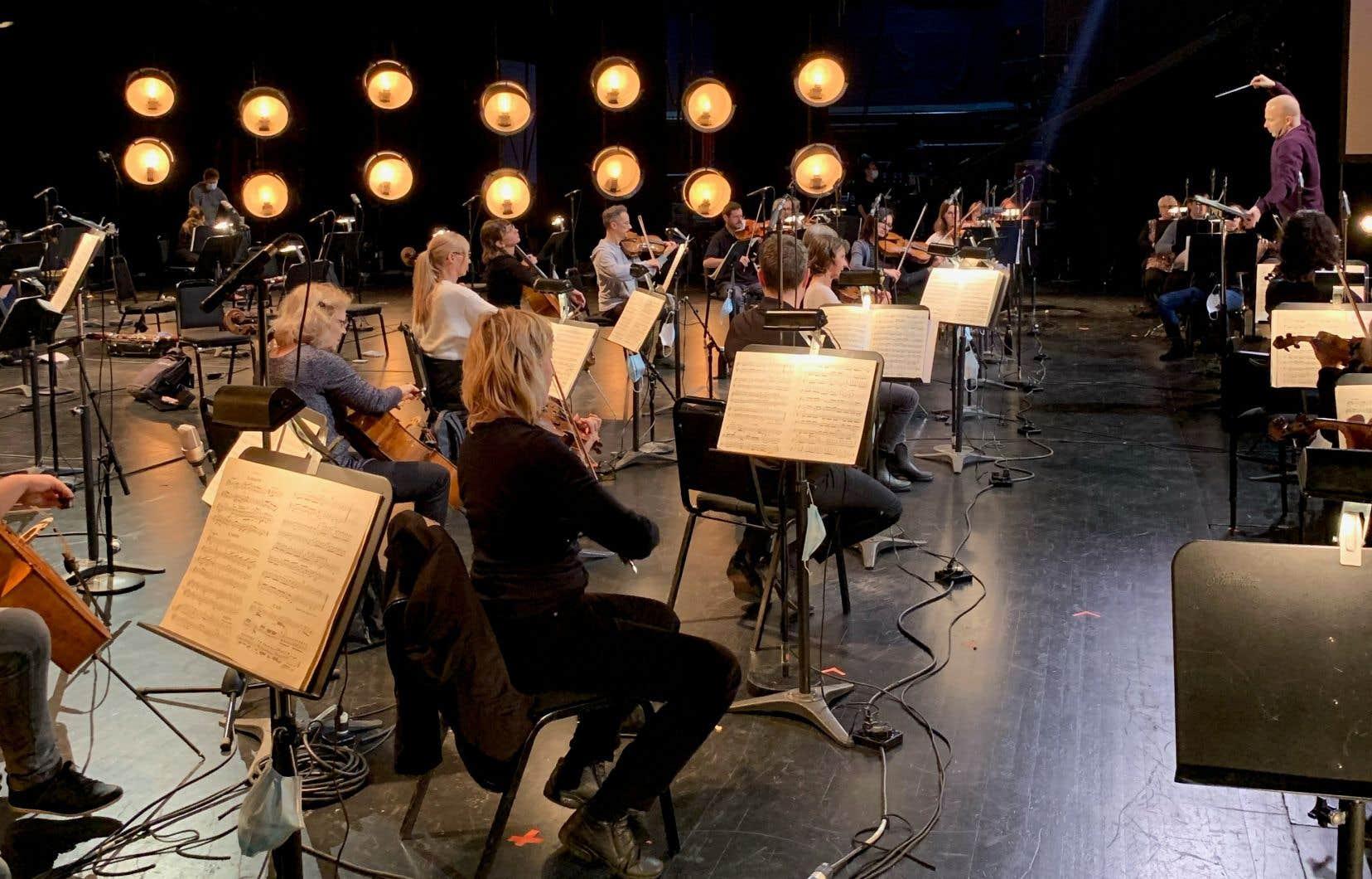 L'Orchestre Métropolitain en répétition avant son concert à l'espace Yoop.
