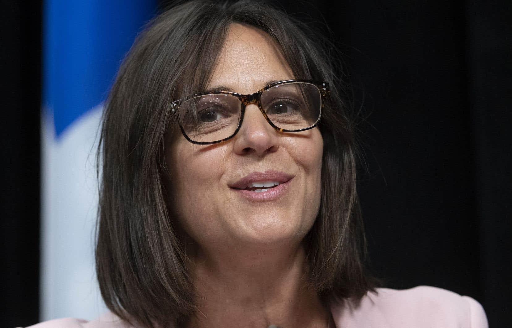 La ministre déléguée à l'Éducation et ministre responsable de la Condition féminine, Isabelle Charest