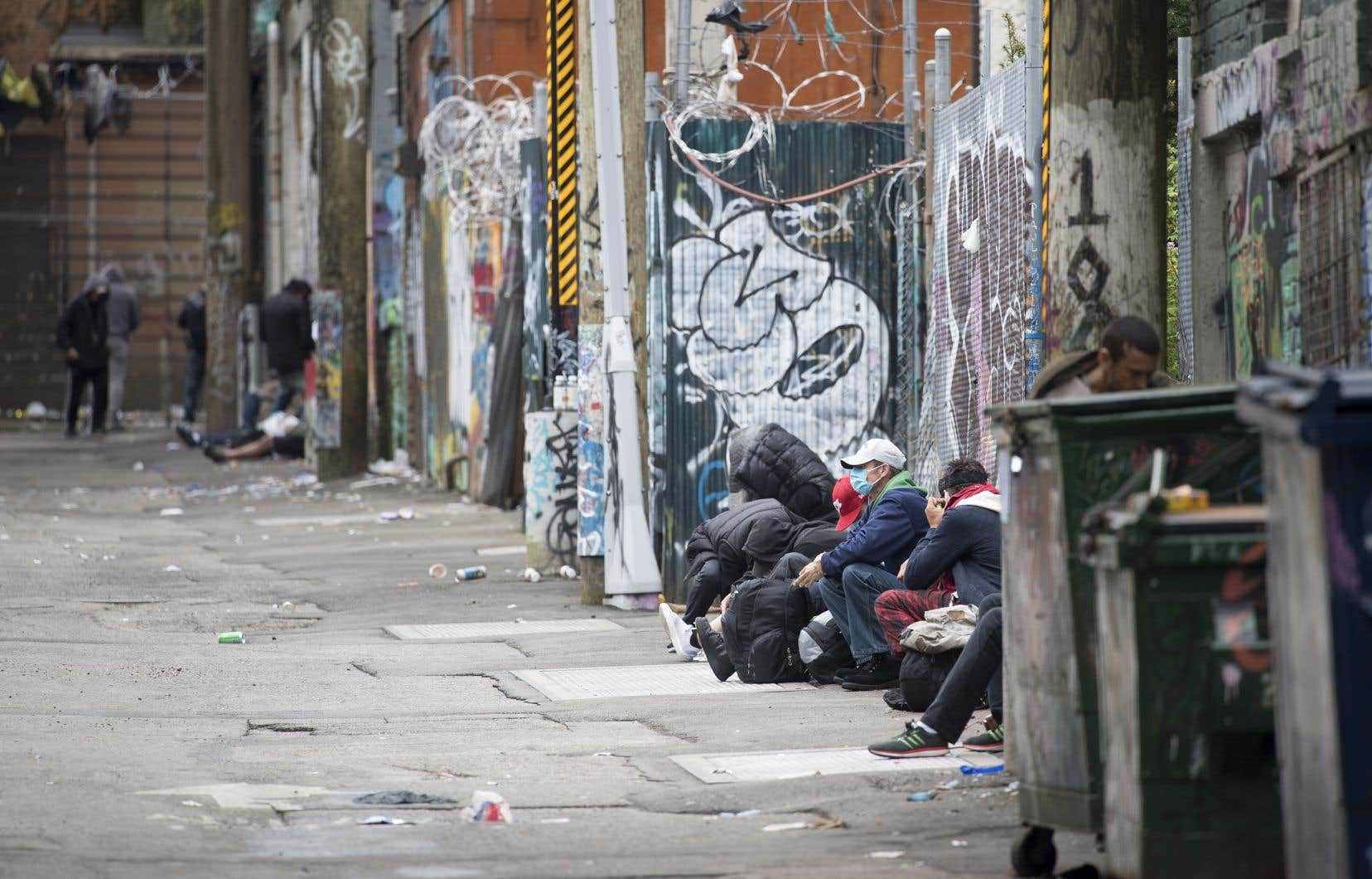 Une flambée des cas de COVID-19 dans Downtown Eastside, le quartier le plus défavorisé de Vancouver, est l'une des éventualités les plus effrayantes de la seconde vague en Colombie- Britannique, selon le D<sup>r</sup>Brian Conway.