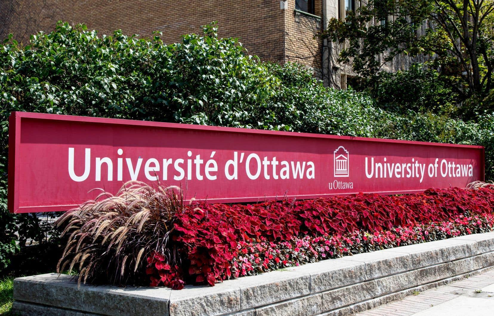 «La solidarité envers notre collègue de l'Université d'Ottawa se veut garante de l'estime envers nous-mêmes», pensent les signataires.