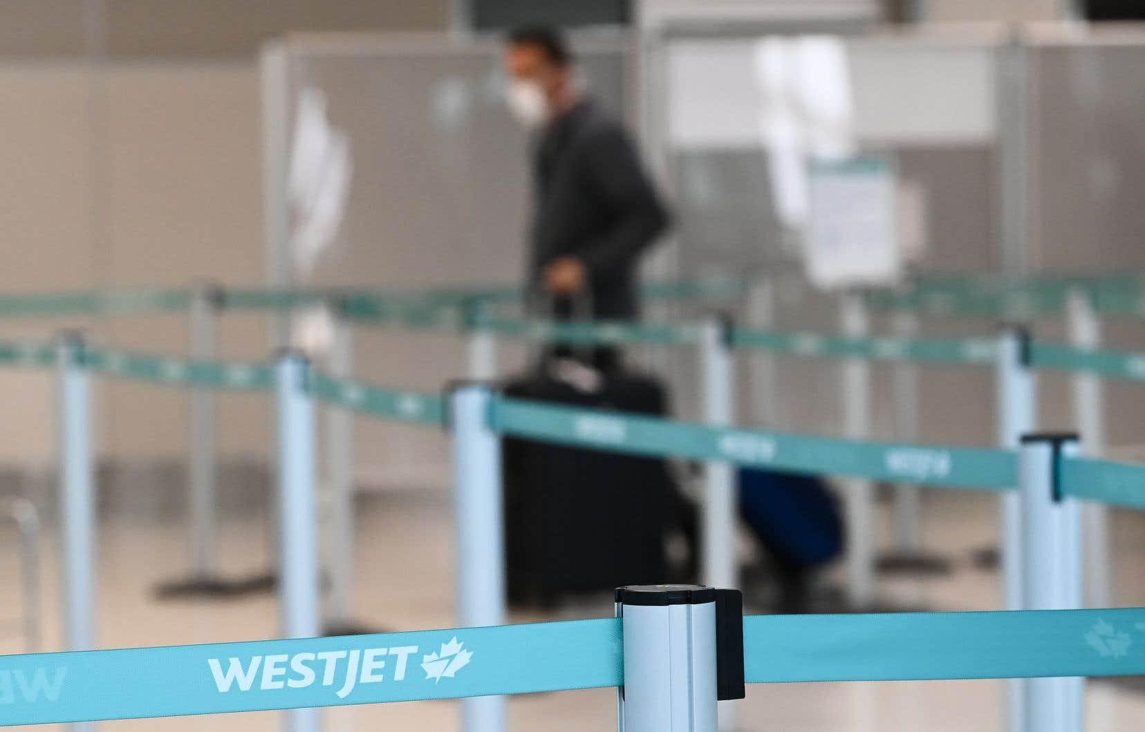 WestJet est la première compagnie aérienne au Canada à offrir des remboursements pour l'annulation de ses vols nationaux dans le contexte de la pandémie.