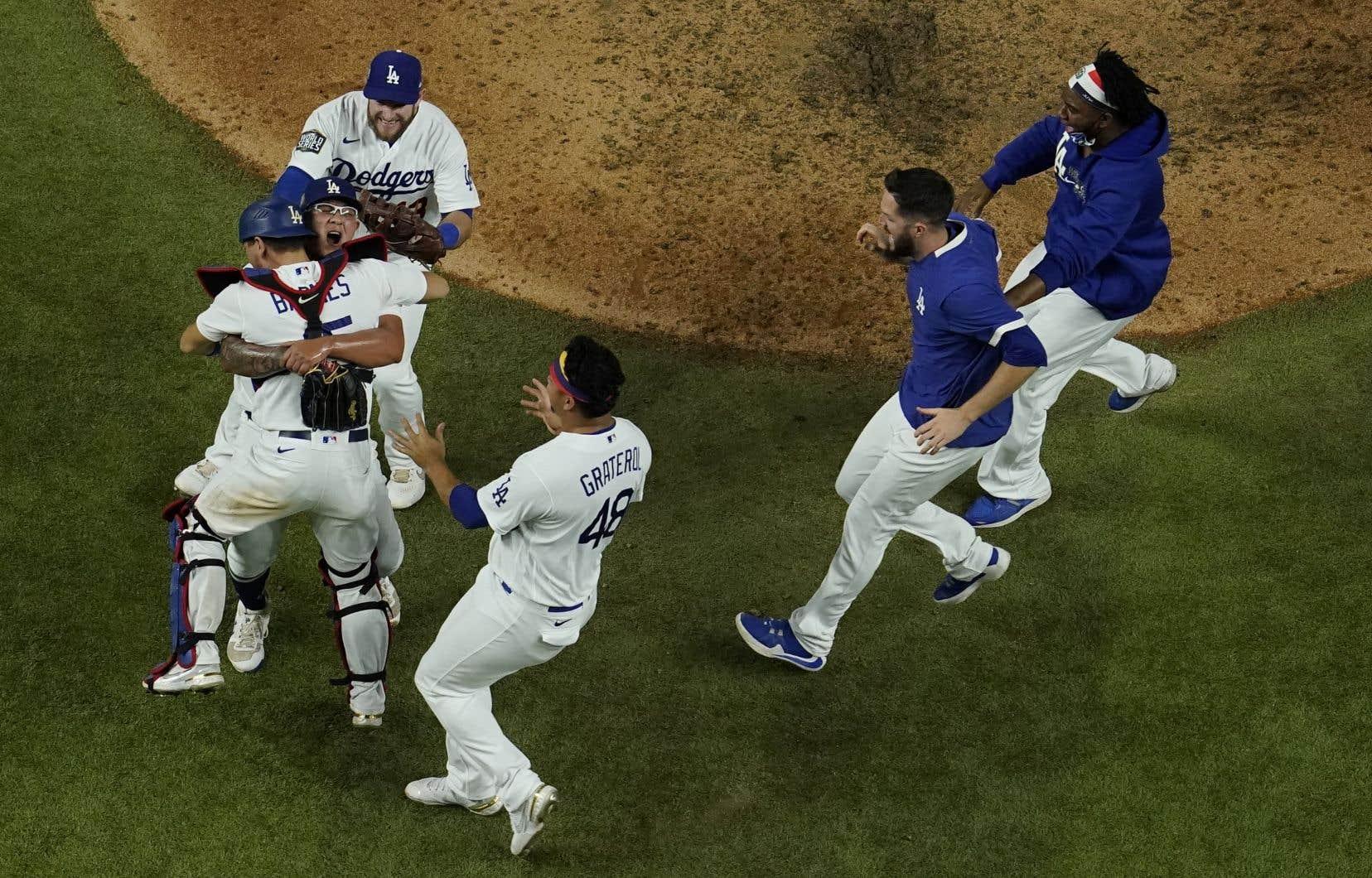 Les Dodgers, qui participaient à la classique automnale pour une troisième fois en quatre saisons, ont gagné la série 4-2.