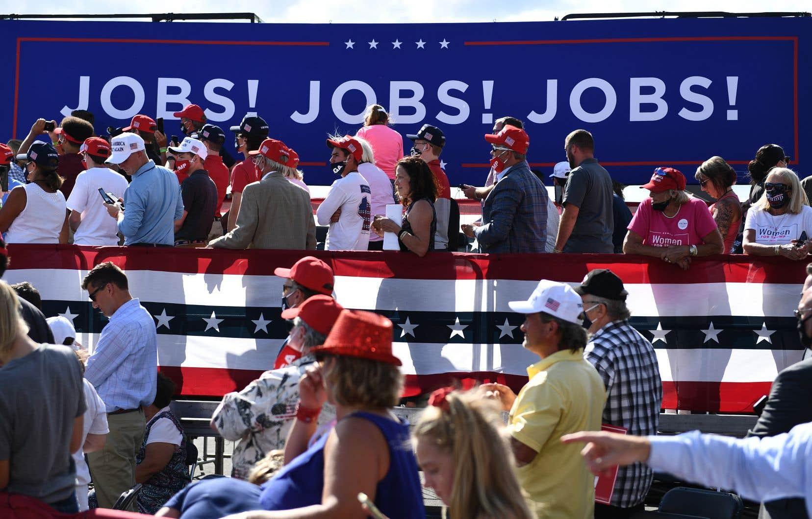 De nombreux analystes estiment aujourd'hui que ce n'est pas Donald Trump, mais Joe Biden, qui présente le meilleur plan de match en matière de création d'emplois et de croissance économique à long terme.