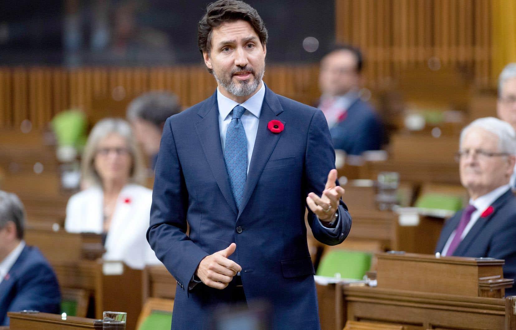 Le premier ministre canadien, Justin Trudeau, a modifié son discours au sujet de la liberté d'expression, reconnaissant maintenant qu'elle englobe la possibilité pour les caricaturistes de moquer les religions, l'islam y compris.