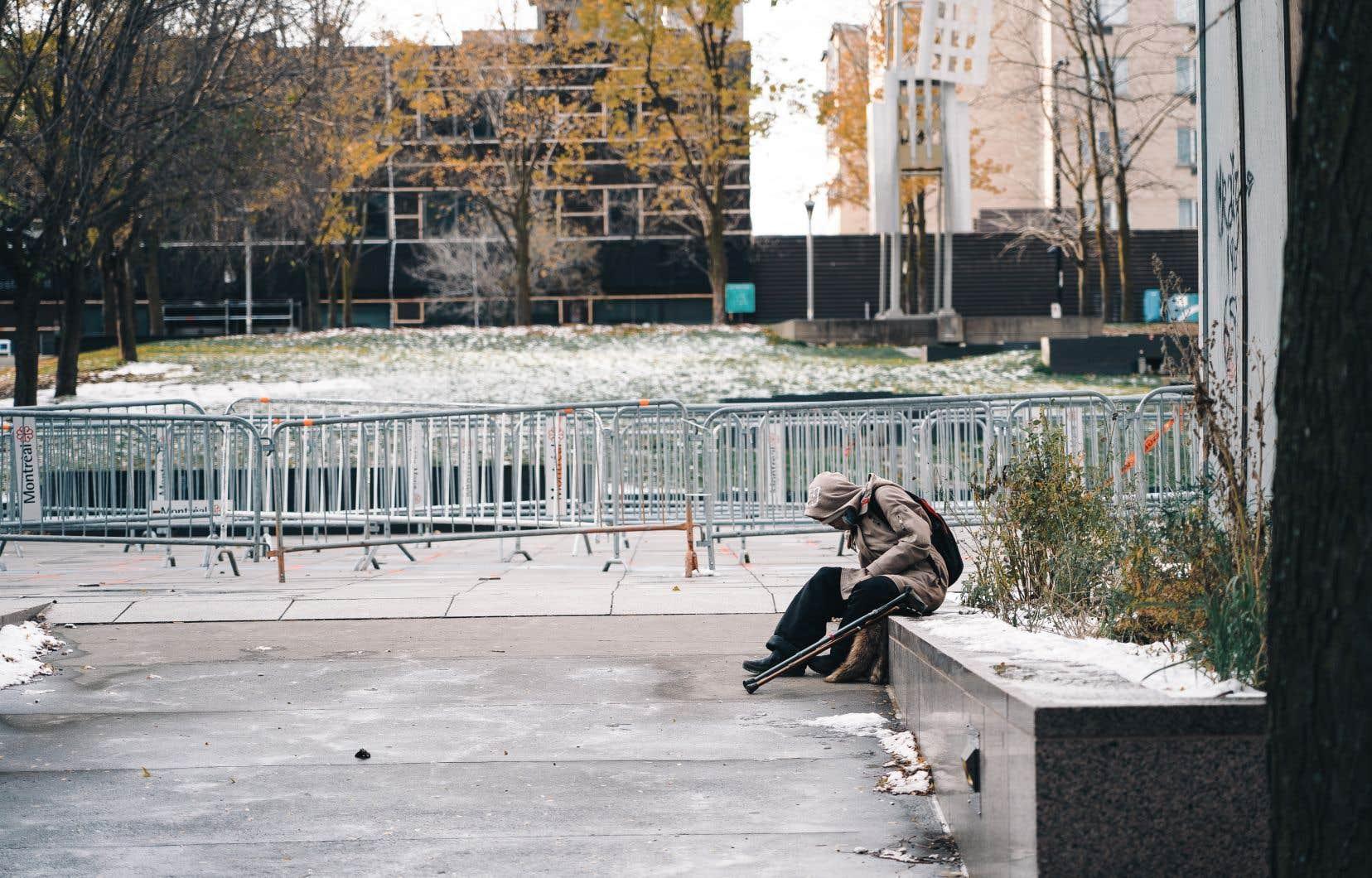 Le refuge de l'hôtel Place Dupuis pourra héberger jusqu'à 380 sans-abri.