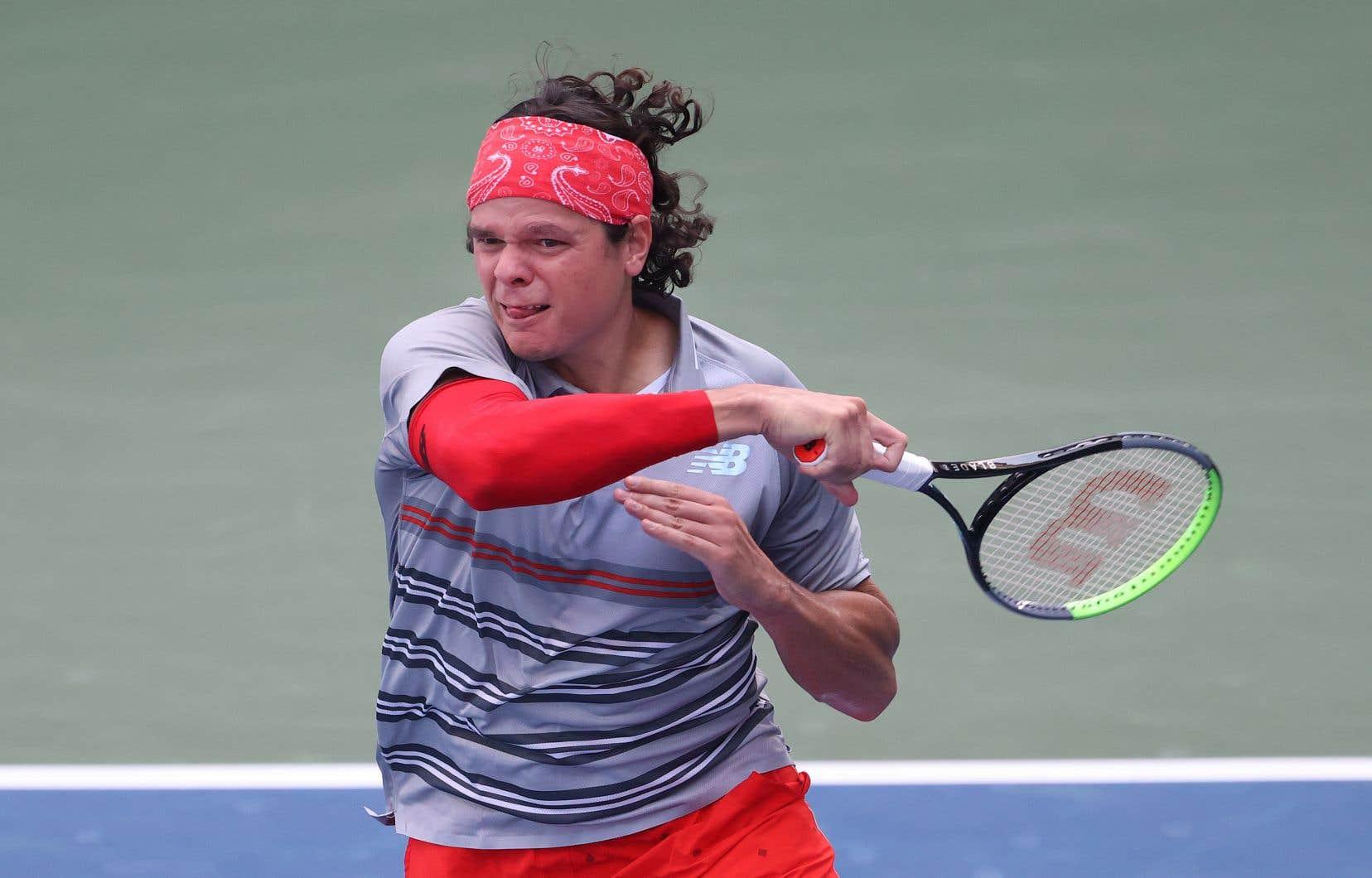 Au prochain tour, Raonic fera face au Français Pierre-Hugues Herbert, vainqueur de l'Américain Tennys Sandgren 2-6, 6-4, 7-6 (4).