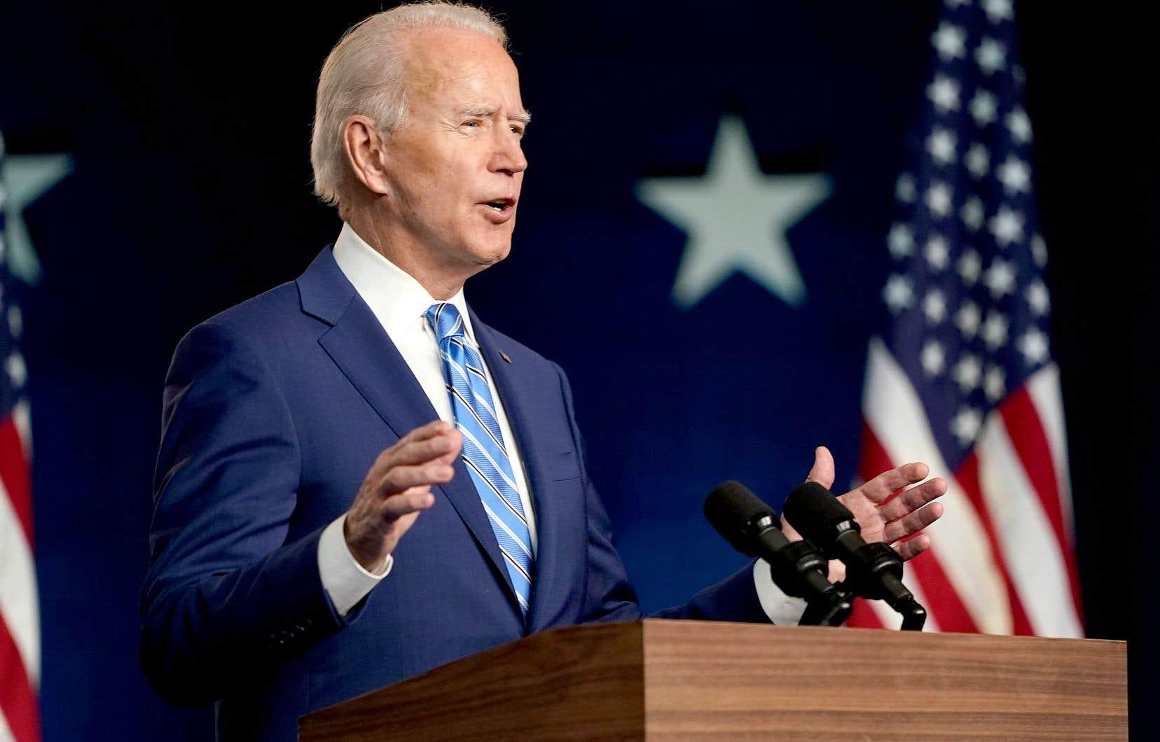 «Après une longue nuit de calculs, il est clair que nous gagnons suffisamment d'États pour atteindre les 270 votes du collège électoral nécessaires pour remporter la présidence», a clamé Joe Biden au Delaware mercredi après-midi.