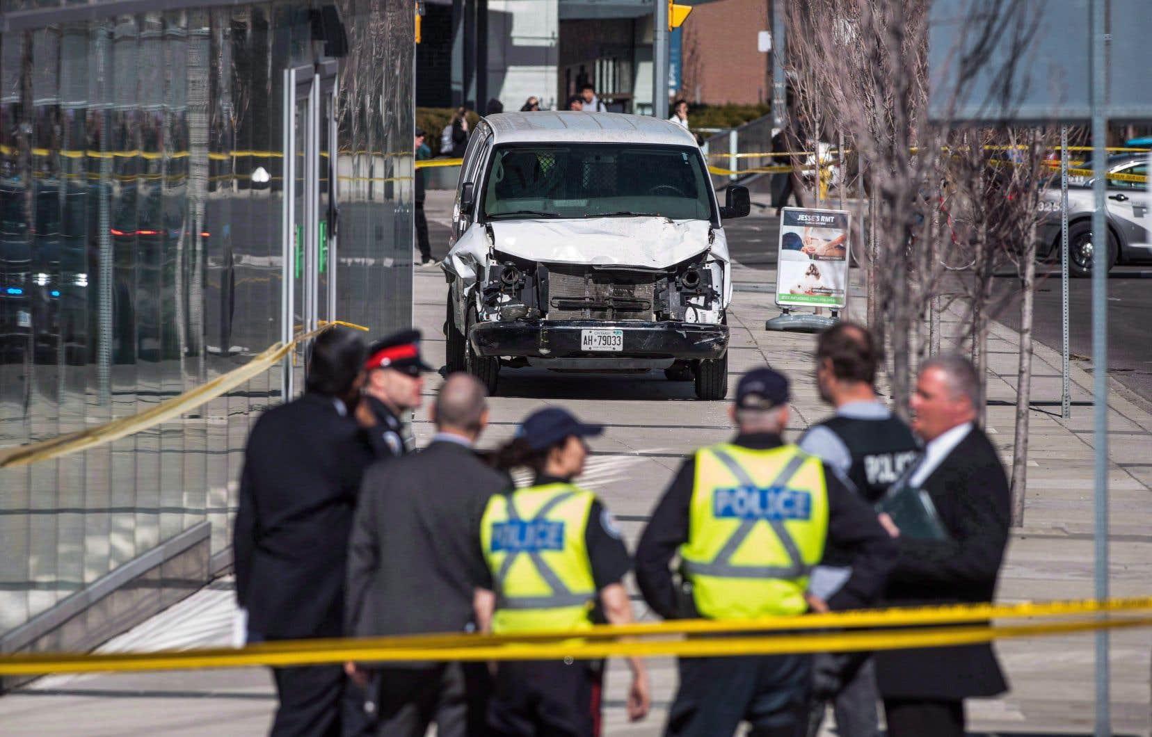 Lors de l'attaque au camion-bélier, huit femmes et deux hommes, âgés de 22 à 94ans, ont été tués sur les trottoirs du nord de Toronto. Seize personnes ont aussi été blessées.