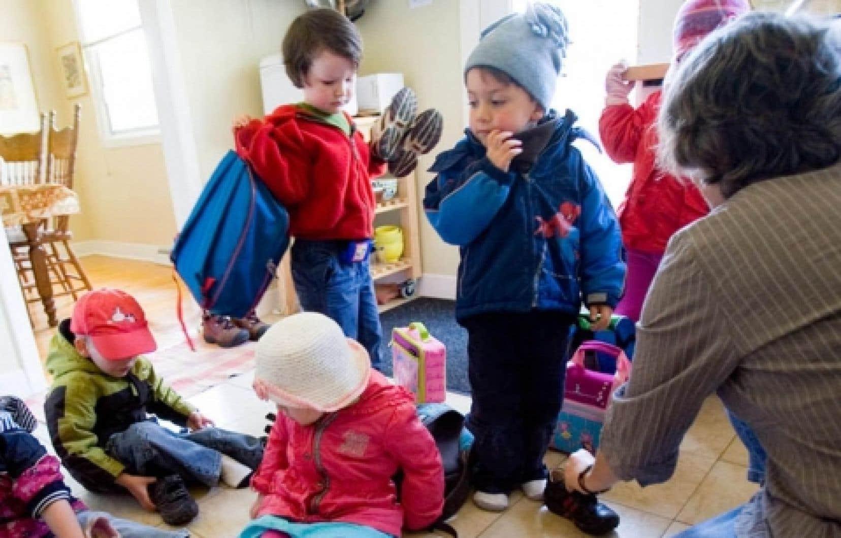 Entre 2007 et 2009, le nombre moyen d'enfants inscrits sur la liste d'attente de chaque Centre de la petite enfance (CPE) est passé de 435 à 620.