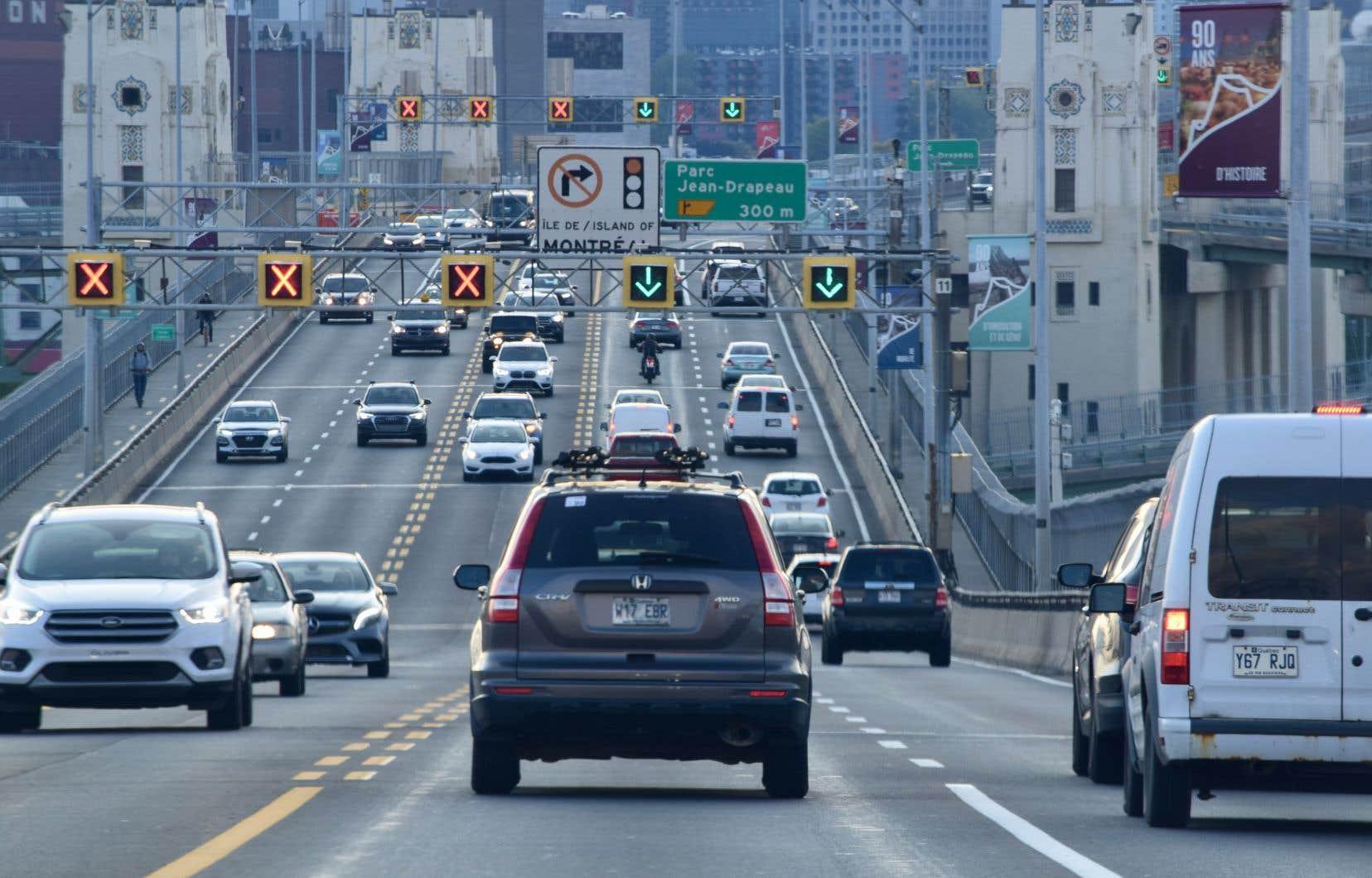 L'échec climatique du Québec s'explique en bonne partie par la croissance marquée et continue des émissions de gaz à effet de serre du secteur des transports.