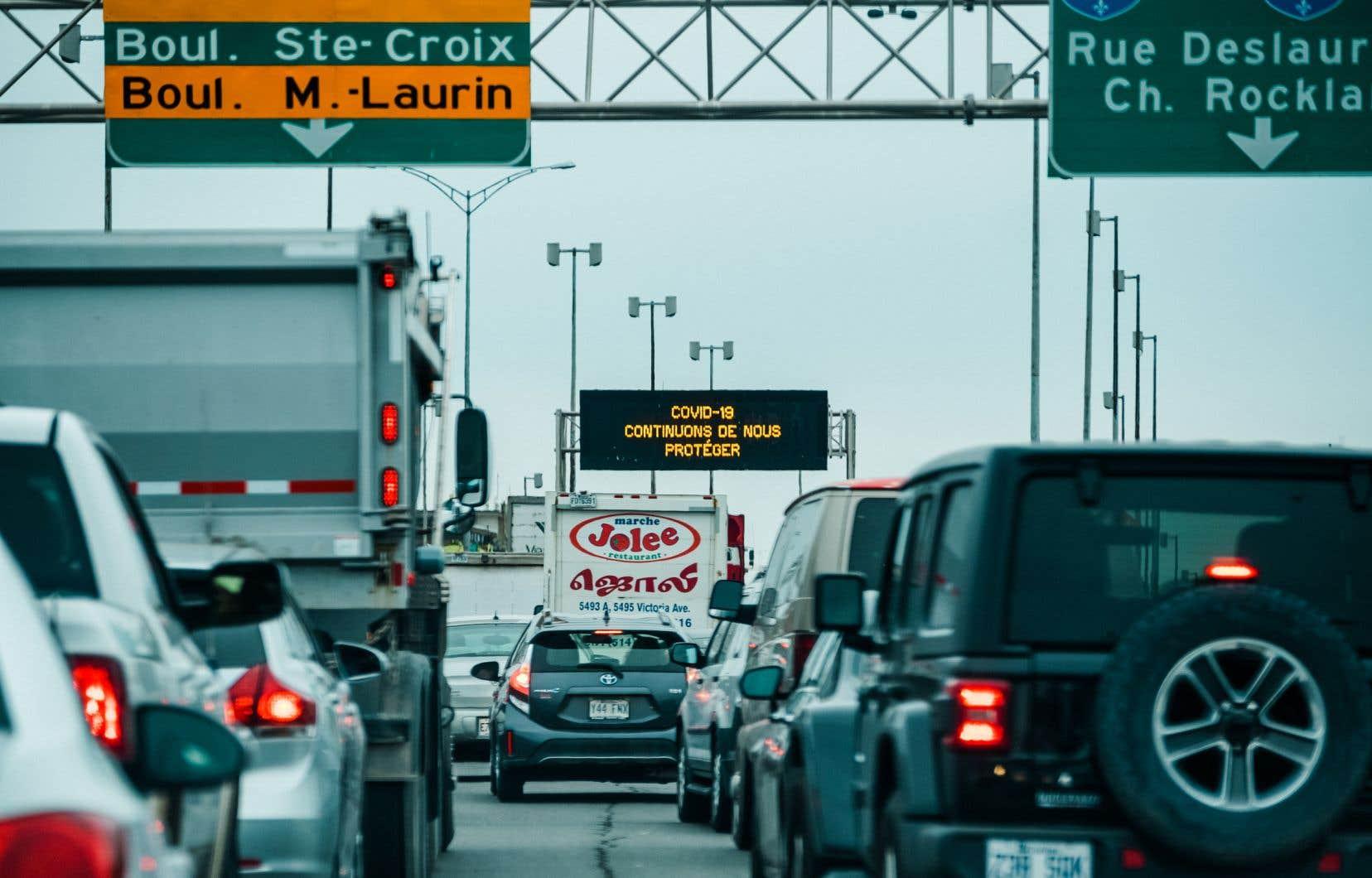 Québec espère dans un premier temps que 1,5 million de véhicules électriques rouleront sur nos routes d'ici 2030.