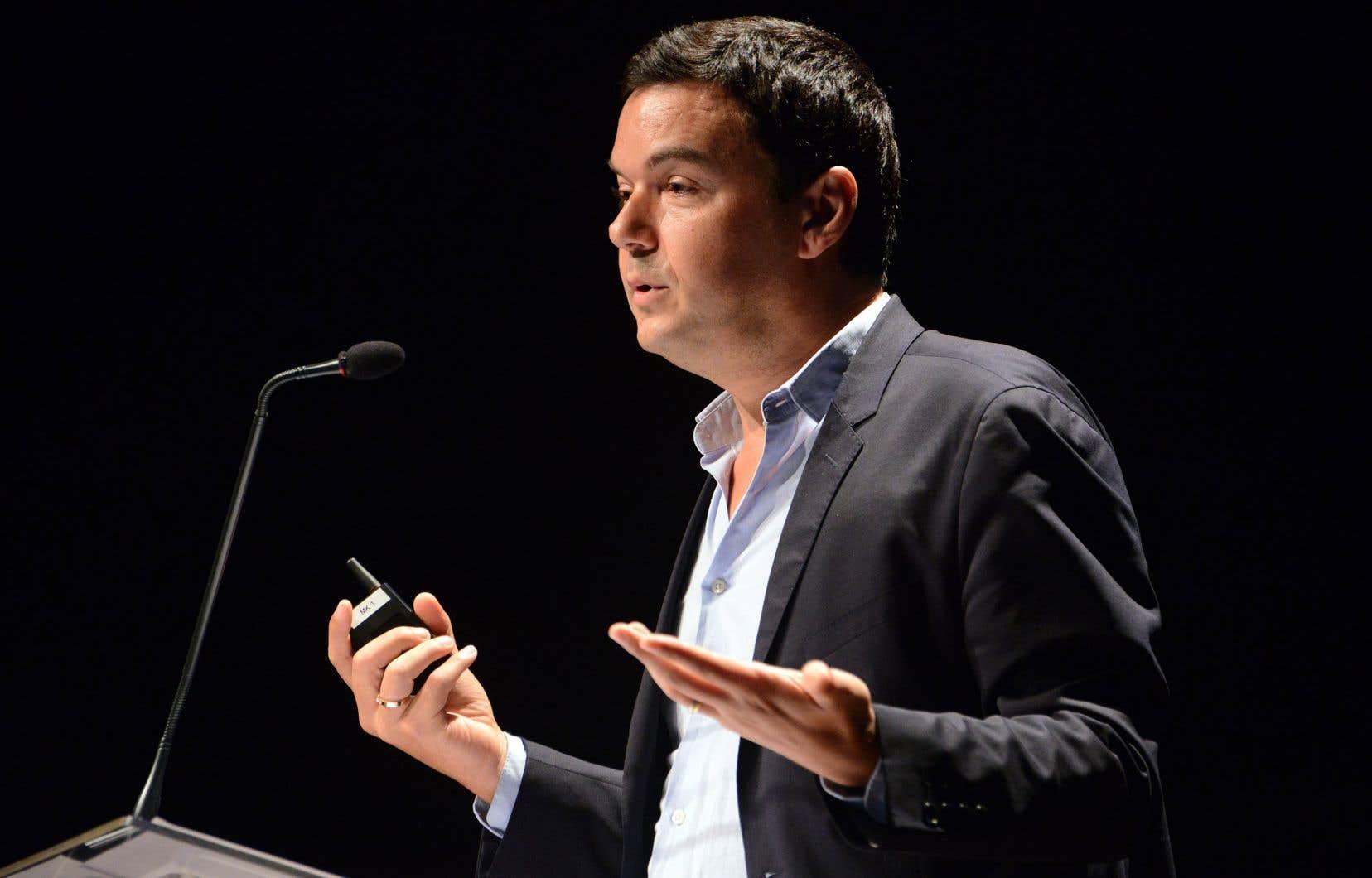 «À la fin des fins, il va falloir en venir à la seule solution à long terme qui soit vraiment juste, soitmettre à contribution les uns et les autres en fonction de leurs capacités à contribuer», explique Thomas Piketty.