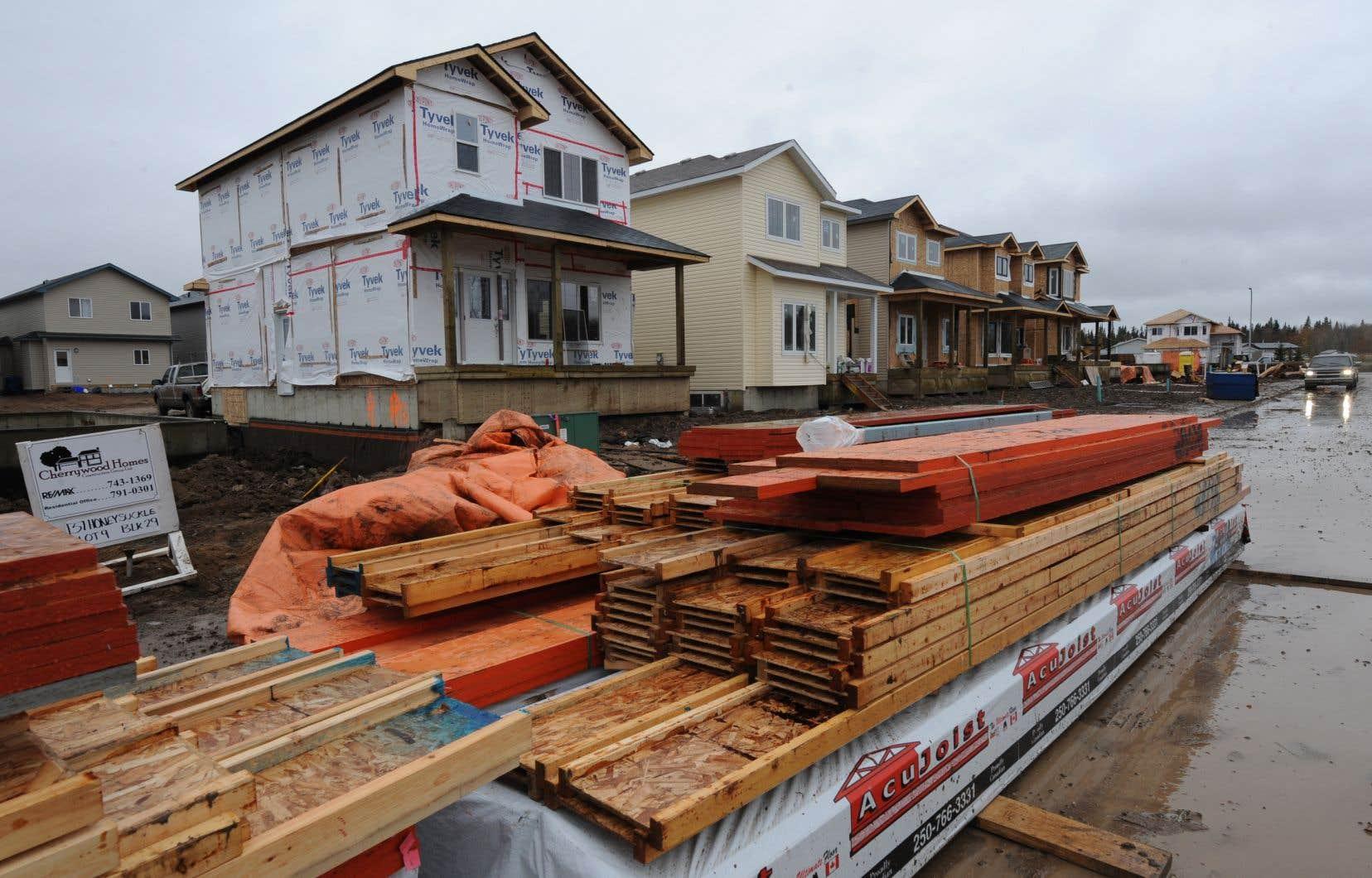 La SCHL a recensé 4319 habitations mises en chantier, soit une baisse de 8% par rapport à octobre 2019.