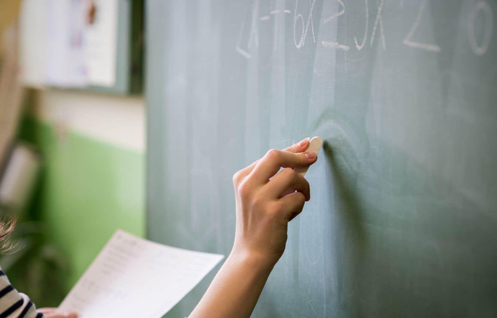 Au Québec, les conditions sont si difficiles pour les enseignants que 25% d'entre eux abandonnent dans les cinq premières années de carrière.
