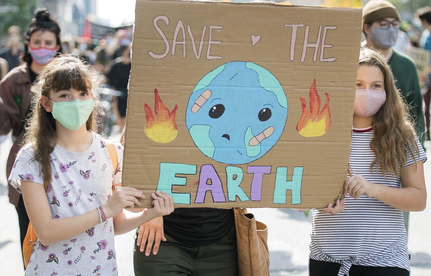 «La pollution, tout comme la pandémie, cause des dommages de toutes sortes qu'aucun indicateur ne peut exprimer à lui seul», écrit l'auteur.