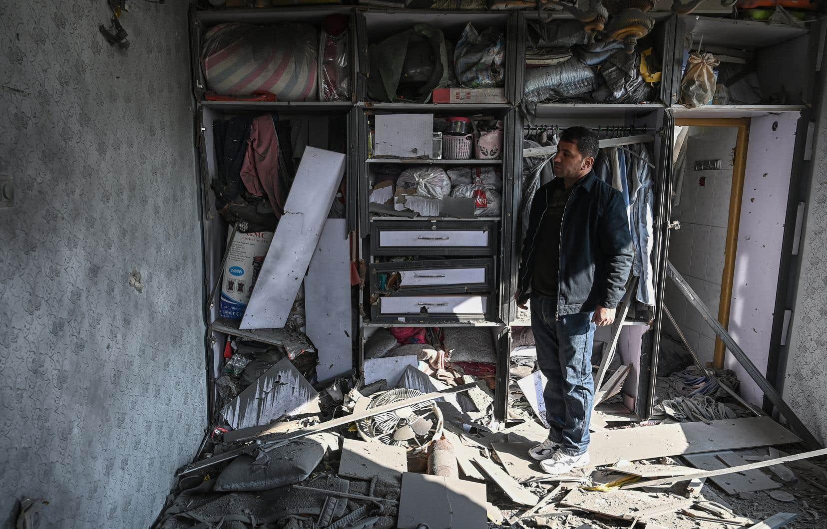 Les explosions se sont produites dans des zones densément peuplées de la capitale afghane.