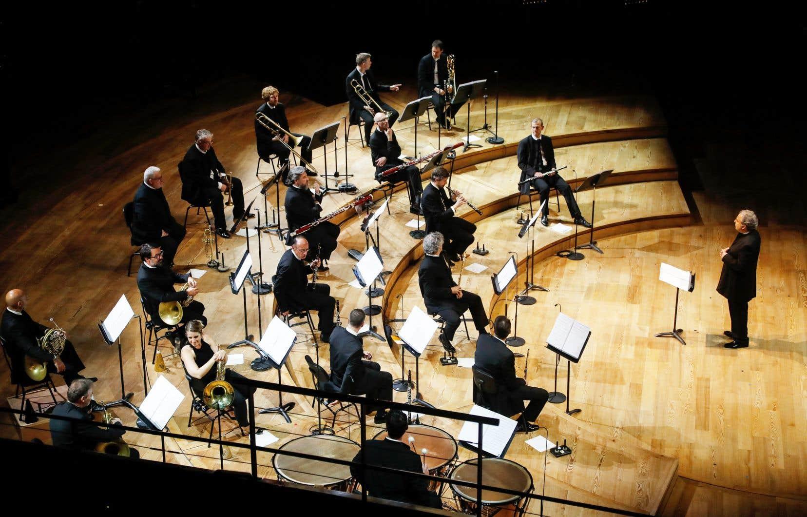 «Les voies technologiques ont été propulsées au cœur d'un maelstrom créatif devant répondre aux besoins spécifiques de la diffusion sur le Web de la musique classique dans des formats procurant une expérience de plus en plus