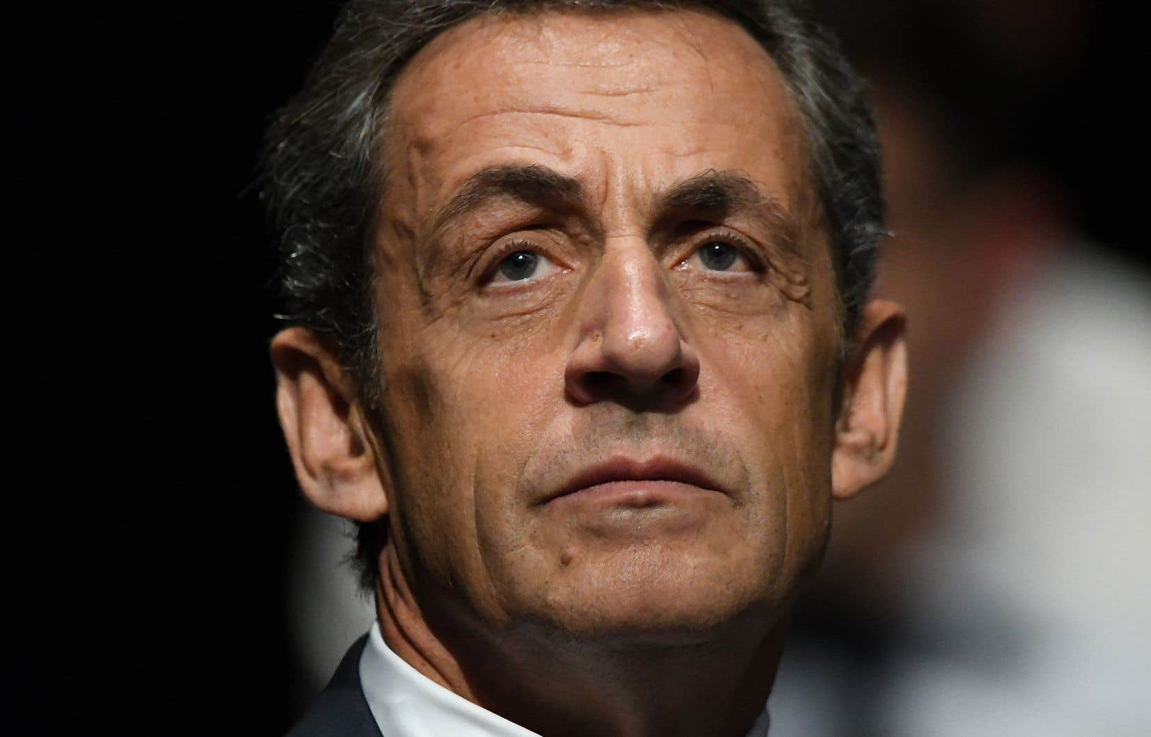 L'ancien président français,Nicolas Sarkozy, encourt dix ans de prison et un million d'euros d'amende pour corruption et trafic d'influence.