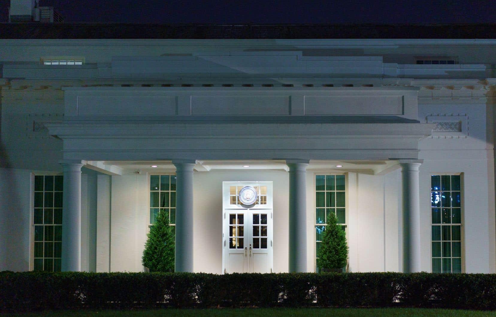 L'annonce du président républicain sortant facilitera la transition de l'équipe démocrate de Joe Biden dans la Maison-Blanche.