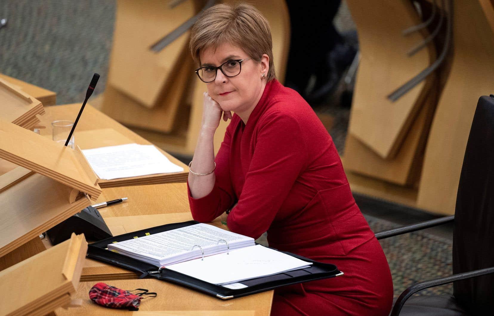 Les demandes pour une Écosse indépendante, cheval de bataille de Nicola Sturgeon, reviennent en force après la gestion très critiquée de l'épidémie de coronavirus par Londres.