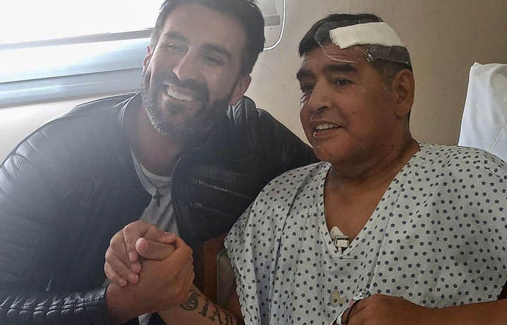 Le DrLeopoldo Luque se considérait comme «un ami» de Diego Maradona et le voyait «comme un père, pas comme un patient».