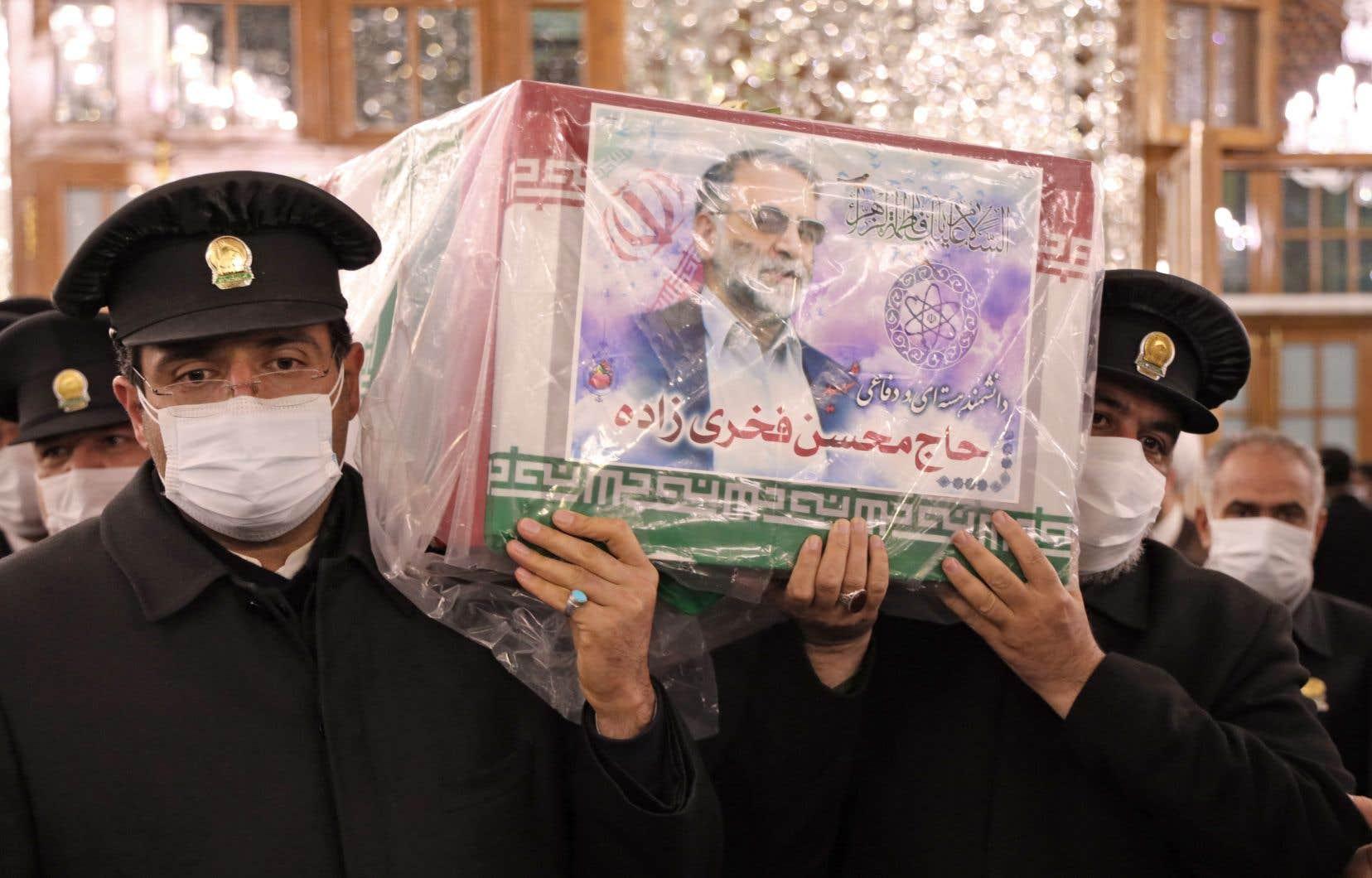 La dépouille de Mohsen Fakhrizadeh a été honorée samedi et dimanche dans des lieux saints chiites, à Machhad et à Qom.
