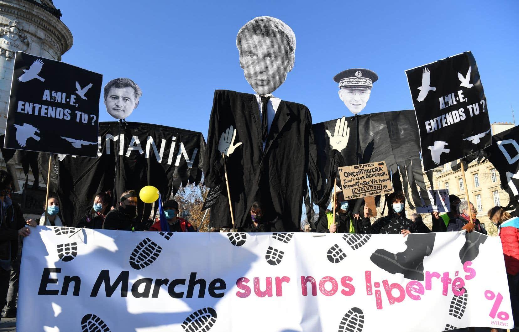 Emmanuel Macron s'est impliqué la semaine dernière, en disant que les images de violence contre le producteur de musique Michel Zecler faisaient «honte» à la France.