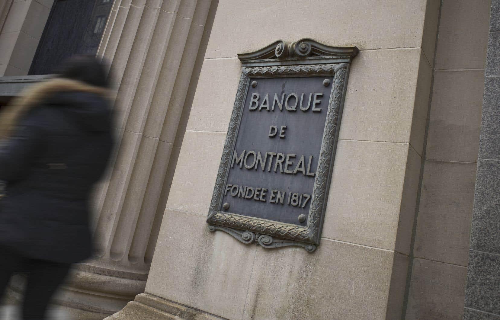 Le chef de la direction de la Banque, Darryl White, a indiqué que cette décision s'inscrivait dans la volonté de la Banque de mieux répartir ses ressources dans des secteurs où elles pouvaient livrer de meilleurs rendements maintenant et plus tard.