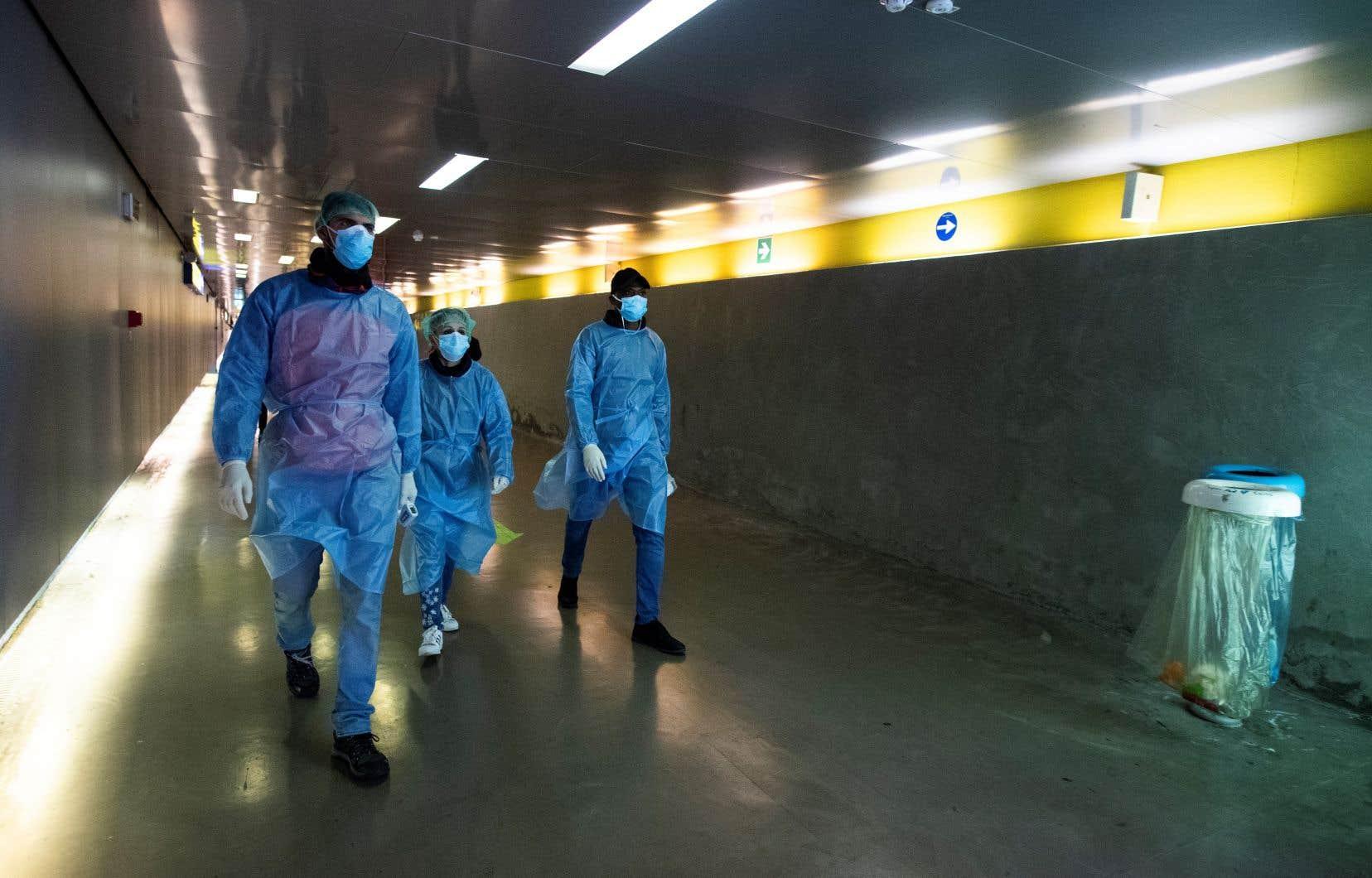 Le tiers des activités médicales et des chirurgies ont déjà été stoppées dans le nord de l'Italie pour permettre aux hôpitaux d'affronter la deuxièmevague.